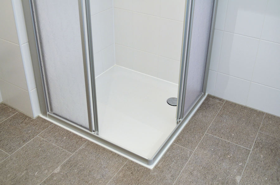 Step In Shower Trays vs Low Level Shower Trays – What\'s the ...